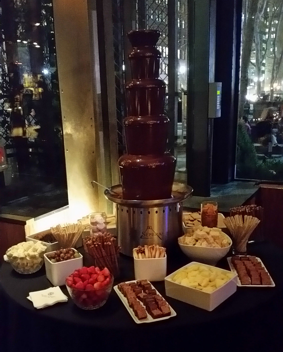 bryant-park-grill-chocolate-fountain